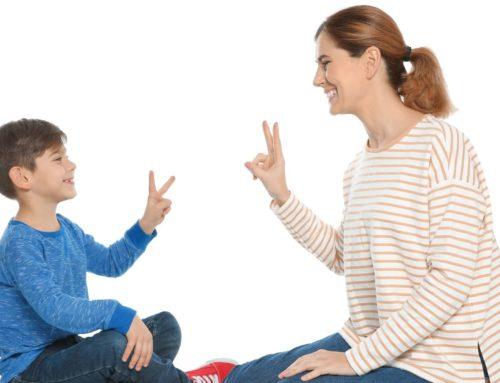 Gesten und Gebärden für die frühkindliche Sprachbildung
