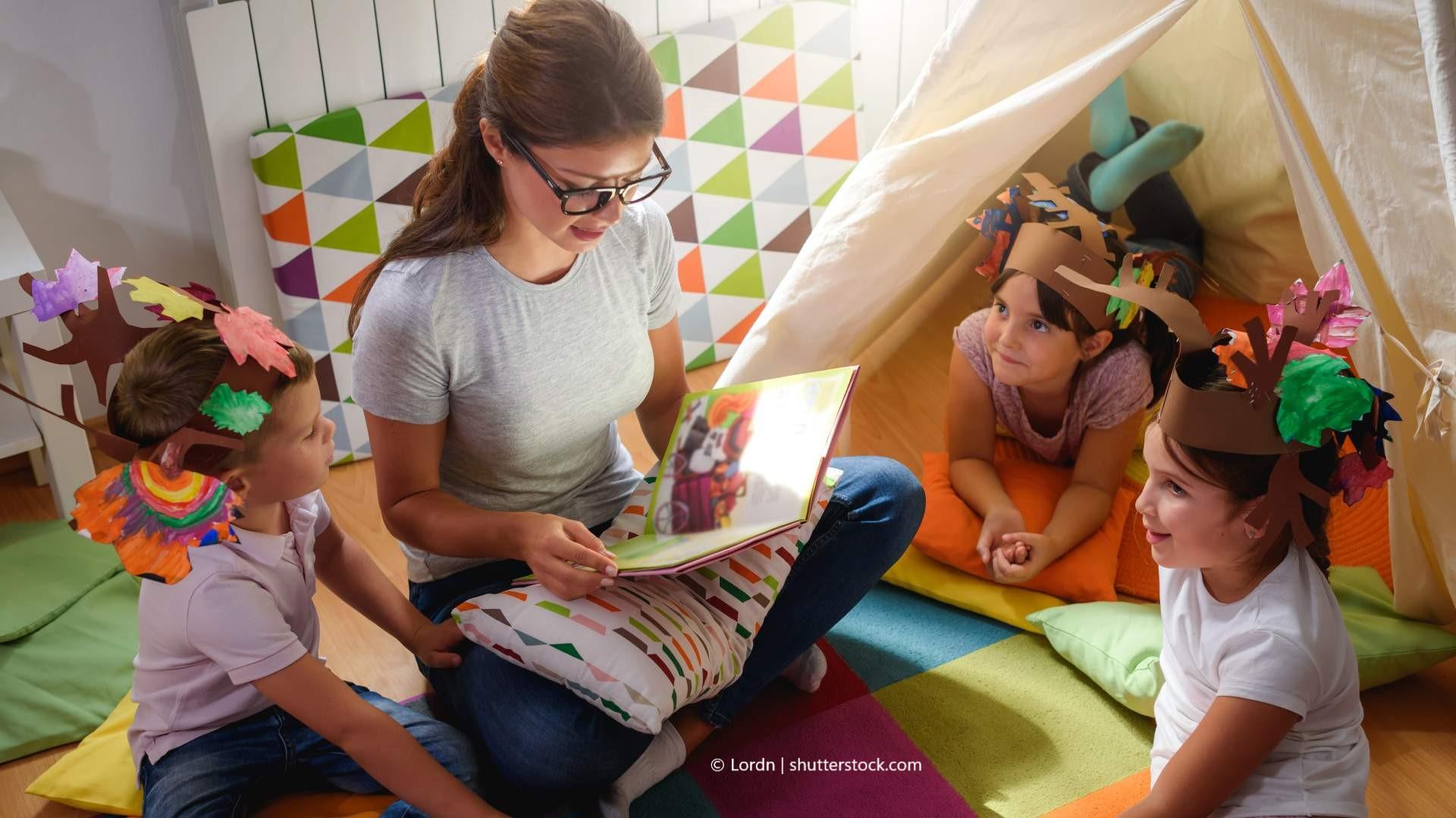Pädagogische Fachkräfte sind die Sprachvorbilder für die Kinder.